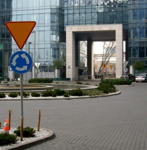 GoArt-Organizacja-i-bezpieczestwo-ruchu-drogowego 8